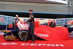 Daniel Ricciardo, Scuderia Toro Rosso and team mate Jean-Eric Vergne, Scuderia Toro Rosso unveil the new Scuderia Toro Rosso STR8