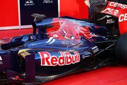 Scuderia Toro Rosso STR8: Motorhaube