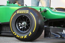 Pirelli-Reifen am Caterham CT03