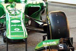 Caterham CT03 front suspension