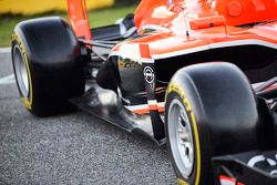 Marussia F1 Team MR02 sidepod detay