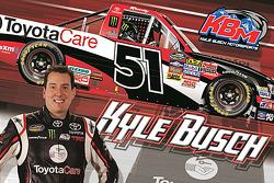 Kyle Busch com a tinta-regime Toyota Care