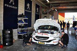 #21 Peugeot RCZ Cup: Bruce Jouanny, David Wall, Andrew Jones
