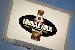 placa de pit for #6 Muscle Milk Pickett Racing