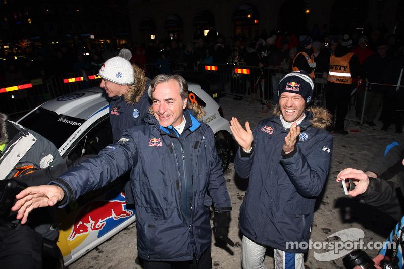 Winners Sébastien Ogier and Julien Ingrassia, Volkswagen Polo WRC, Volkswagen Motorsport celebrate with Carlos Sainz