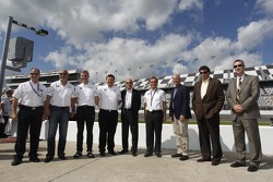 Bobby Rahal, Team Principal BMW Team RLL, Jens Marquardt, Head of BMW Motorsport, Gordon McDonnel, BMW Motorsport North America, Scott Atherton, ALMS President, Ludwig Willisch, Head of BMW North America, James C. France, NASCAR Vice Chairman/Executive Vi