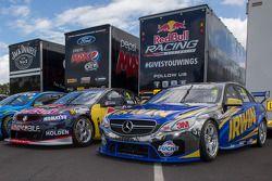 Holden en Mercedes challengers