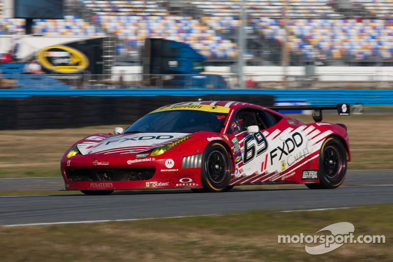 #69 AIM Autosport Team FXDD met Ferrari Ferrari 458: Emil Assentato, Anthony Lazzaro, Nick Longhi, Guy Cosmo, Mark Wilkins