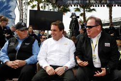 Rick Hendrick, Mark Reuss, et Chip Ganassi