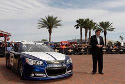 Mike Helton (NASCAR)