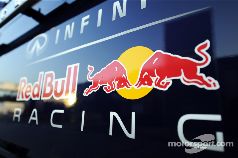 Red Bull Racing logo at February Barcelona testing