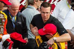 Victory lane: race winner Kyle Busch, Joe Gibbs Racing Toyota celebrates with J.D. Gibbs