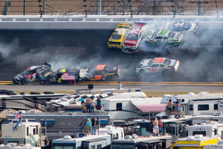 Lap 115 crash: Austin Dillon, Michael Annett, Kasey Kahne, Danny Efland, Johanna Long, Hal Martin, Mike Bliss, Jamie Dick and Jason White crash
