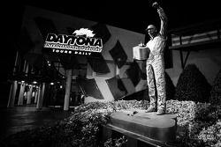 Statue of Dale Earnhardt