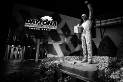 Statue of Dale Earnhardt