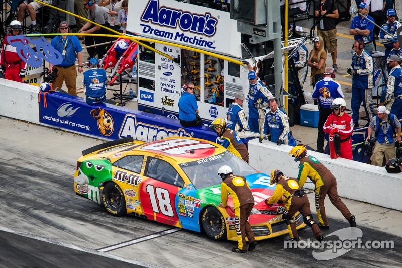 Opgeblazen motor voor Kyle Busch, Joe Gibbs Racing Toyota