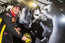 Shane Van Gisbergen, VIP Petfood Racing comemora pole