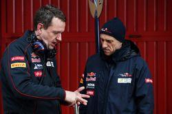 Steve Nielsen, Scuderia Toro Rosso Direktör ve Franz Tost, Scuderia Toro Rosso Takım Patronu