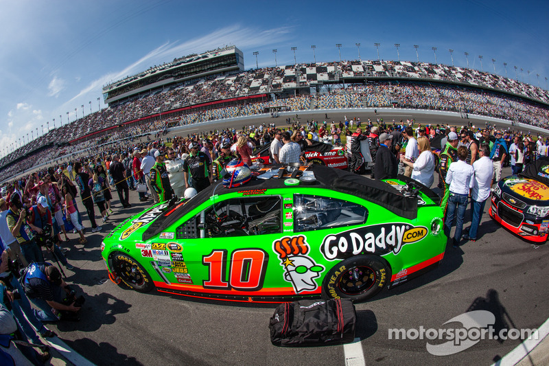 Pole sitting car of Danica Patrick, Stewart-Haas Racing Chevrolet