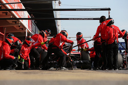 Jules Bianchi, Marussia F1 Team MR02 practices pit stops