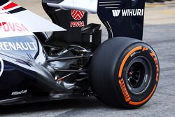 Williams FW35 rear suspension