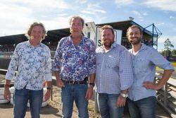 James May, Jeremy Clarkson, Shane Jakobson e Steve Pizzati