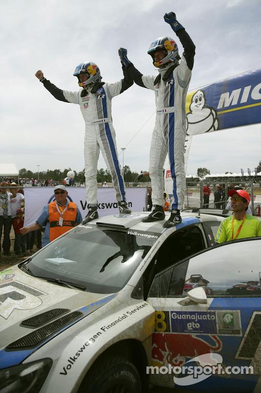 Vencedores Sébastien Ogier e Julien Ingrassia, Volkswagen Polo WRC, Volkswagen Motorsport