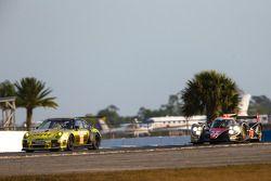 #11 JDX Racing Porsche 911 GT3 Cup: Mike Hedlund, Jan Heylen, Jon Fogarty, #12 Rebellion Racing Rebe