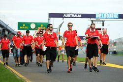 Max Chilton, Marussia F1 Team pist yürüyüşü
