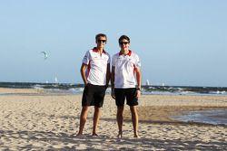 Max Chilton, Marussia F1 Team, beach takım arkadaşı Jules Bianchi, Marussia F1 Team
