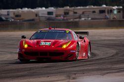 #62 Risi Competizione Ferrari F458 Italia: Gianmaria Bruni, Olivier Beretta, Matteo Malucelli