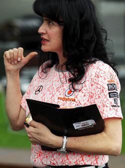 Silvia Hoffer, McLaren