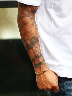 Le bras de Lewis Hamilton, Mercedes AMG F1