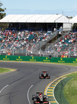 Romain Grosjean, Lotus F1 E21 et Kimi Räikkönen, Lotus F1 E21