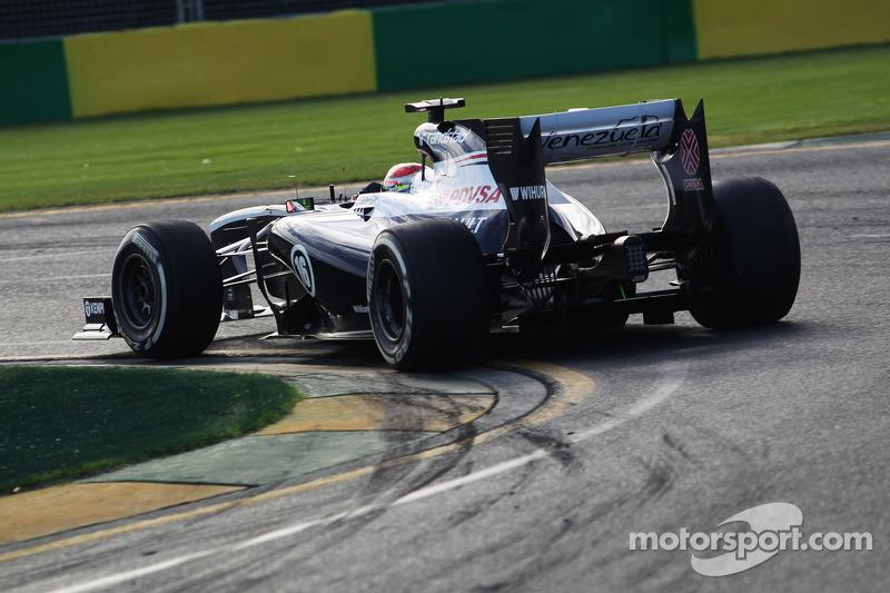 Williams выступала на деньги спонсоров Пастора Мальдонадо, а вторым пилотом был совсем недавно попавший в Формулу 1 Валттери Боттас