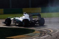 Nico Rosberg, Mercedes AMG F1 W04 lastiklerini kilitliyor