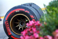 Versleten Pirelli-banden