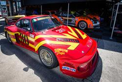 MOMO Porsche Vintage no paddock