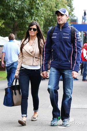 Pastor Maldonado, Williams met vriendin Gabriella Tarkany