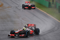 Sergio Pérez, McLaren MP4-28 et Jenson Button, McLaren MP4-28