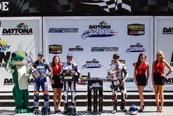 Daytona Sportbike, pódio: Cameron Beaubier, Yamaha, Garrett Gerloff, Yamaha e Bobby Fong, Triple Cro