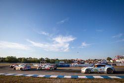 #10 Dempsey Racing Porsche 911 GT3 Cup: Michael Avenatti, Andrew Davis, Bob Faieta, #1 Audi Sport Te