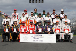 Групове фото гонщиків