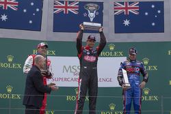 Podium: 1er Fabian Coulthard, 2e Jason Bright, 3e Will Davison