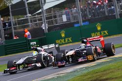 Esteban Gutierrez, Sauber C32 y Jean-Eric Vergne, Scuderia Toro Rosso STR8