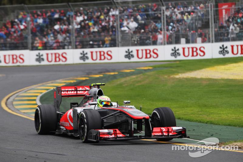 Carro: A temporada de 2013 foi a última com os carros da F1 sendo alimentados pelo motor V8, sendo substituído pelo atual V6 híbrido em 2014.