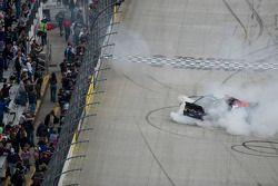 Kasey Kahne, Hendrick Motorsports Chevrolet viert zijn resultaat