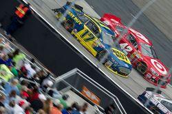 Ricky Stenhouse Jr., Roush Fenway Racing Ford, Juan Pablo Montoya, Earnhardt Ganassi Racing Chevrole