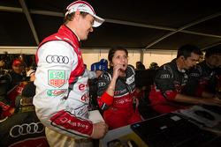 Marcel Fässler celebrates with race engineer Leena Gade