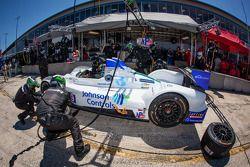 Pit stop for #9 RSR Racing Oreca FLM09 Oreca: Bruno Junqueira, Alex Popow, Eddie Lawson